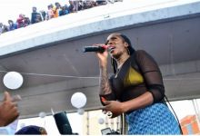 """Photo of Tiwa Savage Performs """"49-99"""" At Obalende Park"""
