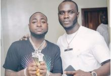 Photo of Davido & Label Team Member Exchange Words In An Heated Argument, Breaks Bottle