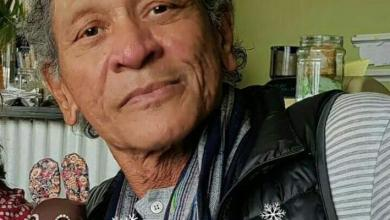 "Photo of Fans and Friends Celebrate Durban Music Veteran ""Steve Fataar,"" Dies At 76"