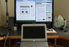 Hook Your Netbook Up To A Monitor For Easier Browsing