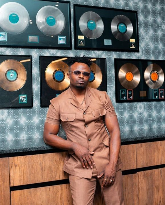 Tresor Was Kidnapped and Robbed