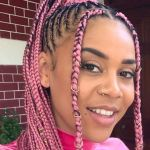 Sho Madjozi switches back to her trademark pink braids