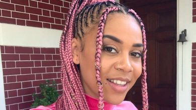 Photo of Sho Madjozi switches back to her trademark pink braids