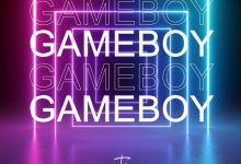 Photo of Tia – Game Boy