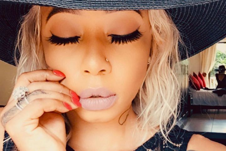 Kelly Khumalo In Tears As She Sermons Mzansi To Get On Their Knees And Pray To End Covid-19 Image