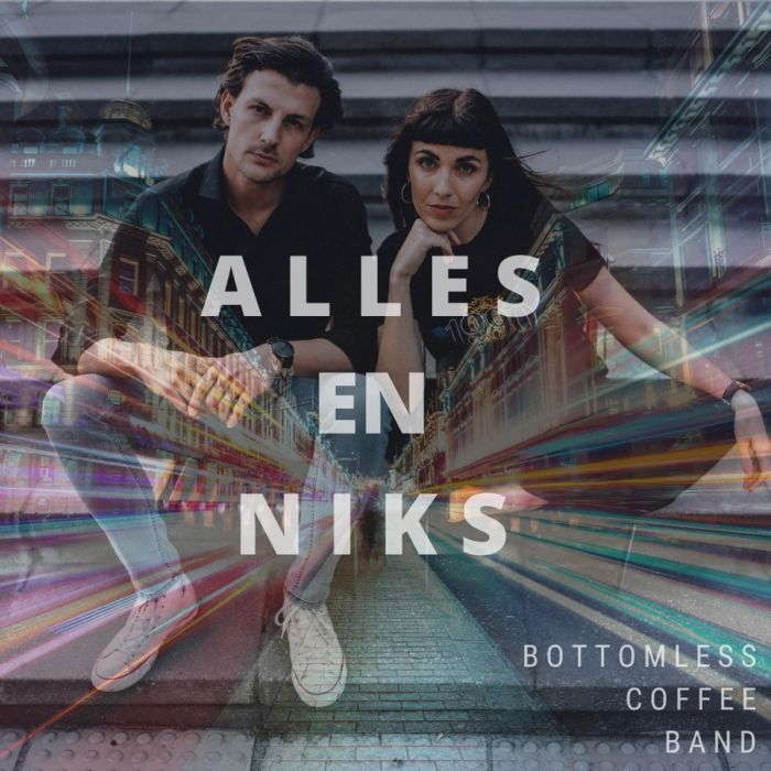 Bottomless Coffee Band - Alles En Niks - Single