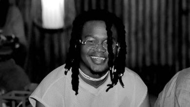 "Sibu Nzuza Performs A Live Version Of ""Thintha"""