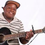 Mroza - Ngingamnqamula Ngezandla | Hello