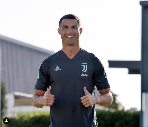 "DJ Tira, Babes Wodumo, Lady Zamar & Others React As Cristiano Ronaldo Vibes With Master KG's ""Jerusalema"""
