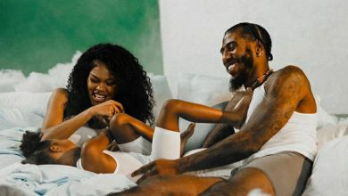 Teyana Taylor Gives Birth To Her New Baby In Bathroom Again