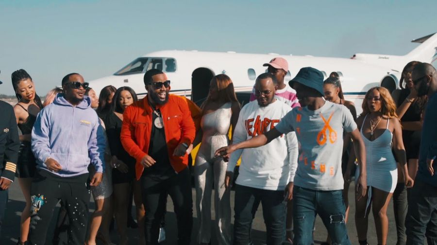 Major League DJz & Abidoza – Le Plane E'Landile Ft. Cassper Nyovest, Kammu Dee & Ma Lemon