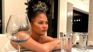 Chrissy Teigen's Interesting Revelation About Her Miscarriage
