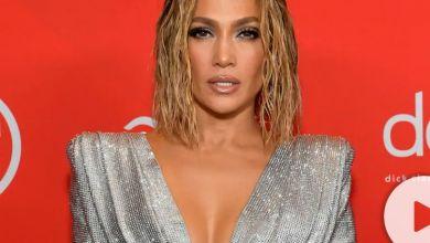 Watch Jennifer Lopez Do The #LoveDontCostAThingChallenge
