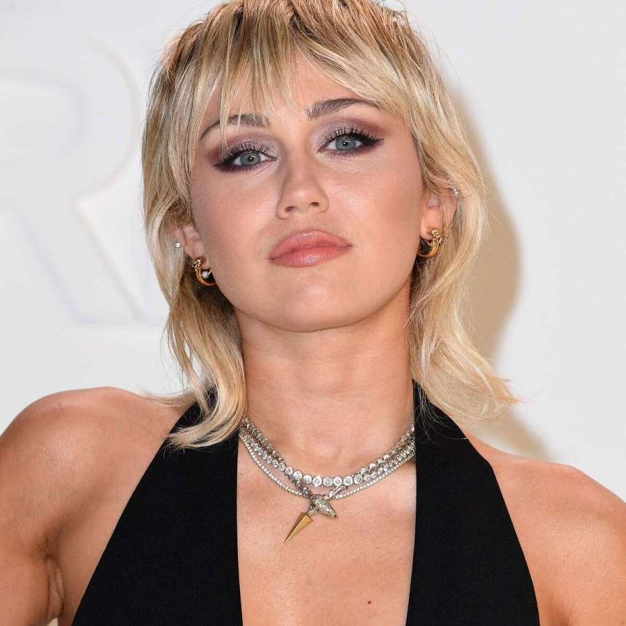 Miley Cyrus To Headline The Super Bowl's Tailgate Celebrating Health Workers