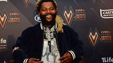Sjava Brings Overwhelmed Fan Up On Stage During Performance In Soweto