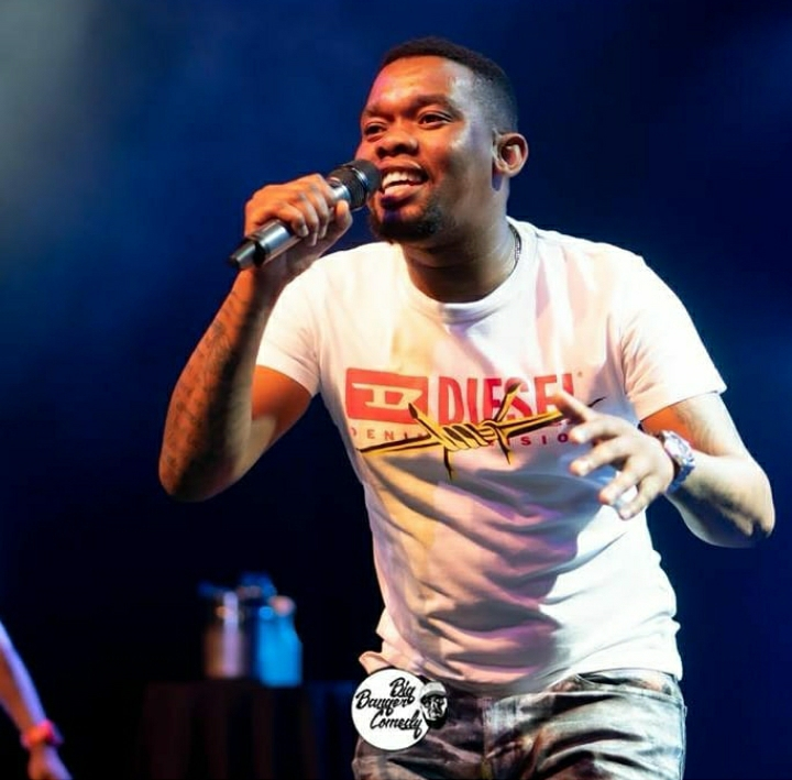 Njelic Teases New De Mthuda Collaboration Featuirng Boohle, Titled Indoni Yamanzi.