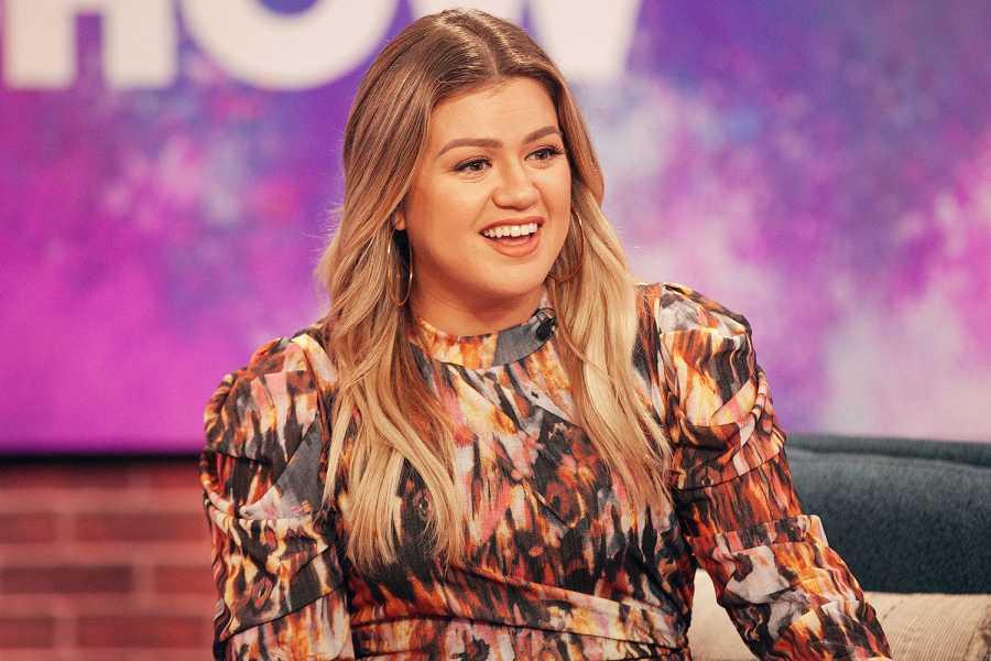 Kelly Clarkson Reflects On Her American Idol Win