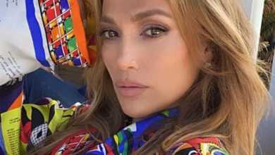 Fans Curious As Jennifer Lopez Is Spotted Without Her Engagement Ring