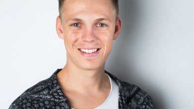 Caspar Lee Biography: Age, Girlfriend, Net Worth, Student Accommodation & Contact Details