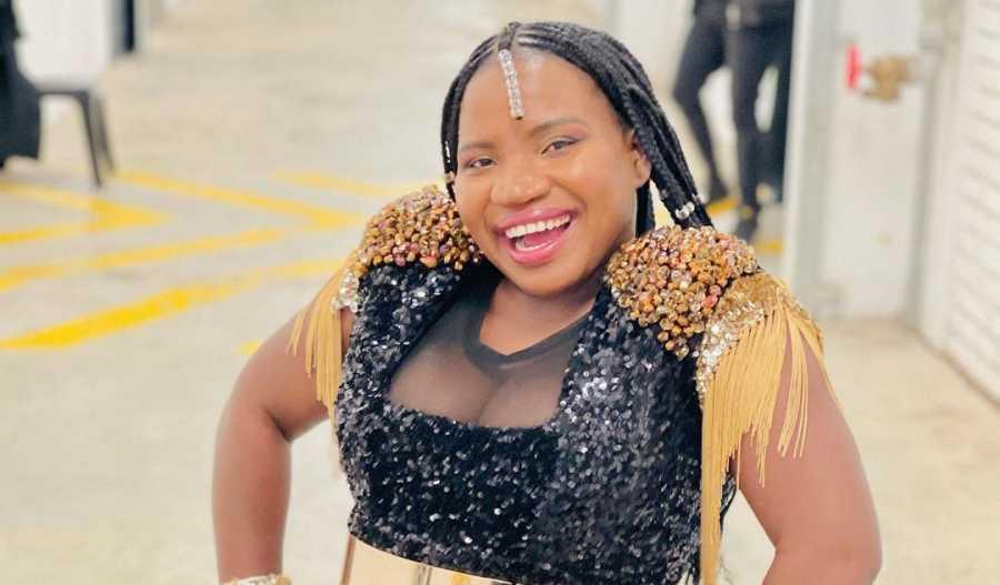 Makhadzi's Raunchy Dance Video With Fan Divides Mzansi | Watch