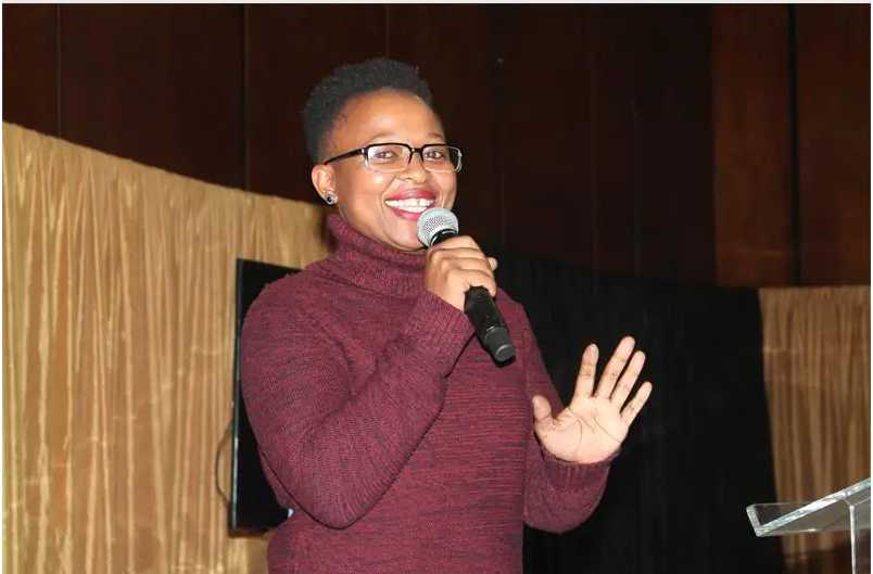 Manaka Ranaka Biography: Age, Husband, Children, Car Accident, Family, Acting Career, Net Worth & Contact Details