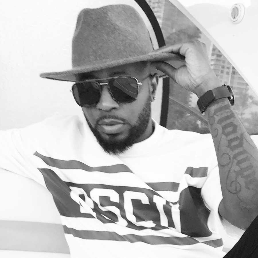 Tunde Ednut Biography: Age, Net Worth, Real Name, Songs, House, Cars & Contact Details
