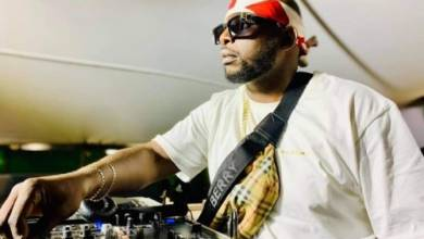 DJ Tira – 4000 (DJ Maphosira & Clap UHURU Remix) Ft. Mampintsha