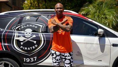 Zakes Bantwini and Naak Musiq Flaunt Their New Orlando Pirates' Kit